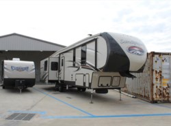 New 2017  Forest River Sandpiper 372LOK by Forest River from Camperland Trailer Sales in Conroe, TX
