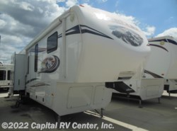 Used 2013  Keystone Mountaineer 346 by Keystone from Capital RV Center, Inc. in Bismarck, ND