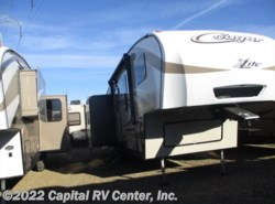 New 2016  Keystone Cougar XLite 28SGS by Keystone from Capital RV Center, Inc. in Bismarck, ND