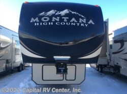 New 2017  Keystone Montana High Country 340BH by Keystone from Capital RV Center, Inc. in Bismarck, ND