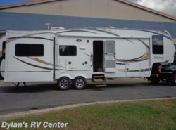 Used 2012  Forest River Wildcat 313RE by Forest River from Dylans RV Center in Sewell, NJ