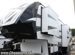 New 2017  Dutchmen Voltage V3605 by Dutchmen from Chesaco RV in Joppa, MD