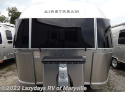 New 2019 Airstream Flying Cloud 25FBQ available in Louisville, Tennessee