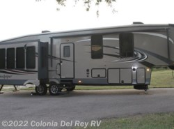 Used 2015  Forest River Sandpiper 355RE by Forest River from Colonia Del Rey RV in Corpus Christi, TX
