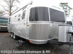 New 2016  Airstream Flying Cloud 25B Queen by Airstream from Colonial Airstream & RV in Lakewood, NJ