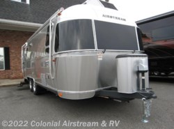 New 2016  Airstream International Signature 25FB Queen by Airstream from Colonial Airstream & RV in Lakewood, NJ