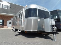 New 2017 Airstream Classic 30J Queen available in Lakewood, New Jersey