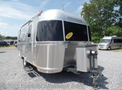 Used 2013  Airstream International Signature 19C Bambi by Airstream from Colonial Airstream & RV in Lakewood, NJ