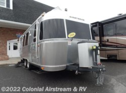 Used 2016  Airstream Flying Cloud 23FB by Airstream from Colonial Airstream & RV in Lakewood, NJ