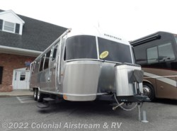 Used 2009  Airstream Flying Cloud 28W Queen by Airstream from Colonial Airstream & RV in Lakewood, NJ