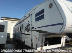 Used 2005  Keystone Cougar 314EFS by Keystone from Crossroads Trailer Sales, Inc. in Newfield, NJ