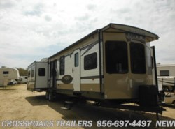 New 2016  Forest River Salem Villa 400RETS by Forest River from Crossroads Trailer Sales, Inc. in Newfield, NJ