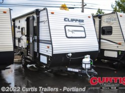 New 2018  Coachmen Clipper 17fq by Coachmen from Curtis Trailers in Portland, OR