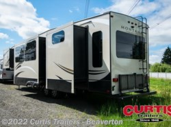 New 2018  Keystone Montana High Country 362rd by Keystone from Curtis Trailers in Aloha, OR