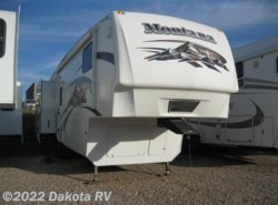 Used 2009 Keystone Montana 3075RL available in Rapid City, South Dakota