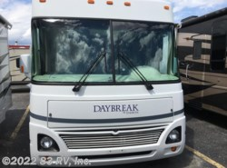 Used 2004  Damon Daybreak 2965W by Damon from 83 RV, Inc. in Mundelein, IL