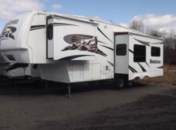 Used 2007  Keystone Montana 2955RL by Keystone from Diamond RV Centre, Inc. in West Hatfield, MA