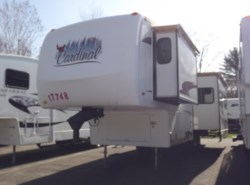 Used 2006  Forest River Cardinal 29LE by Forest River from Diamond RV Centre, Inc. in West Hatfield, MA