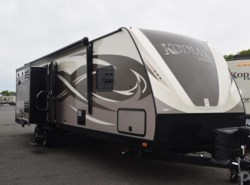 New 2017  Dutchmen Kodiak 320BHSL by Dutchmen from Diamond RV Centre, Inc. in West Hatfield, MA