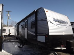 New 2017  Keystone Springdale Summerland 3030BHGS by Keystone from Diamond RV Centre, Inc. in West Hatfield, MA