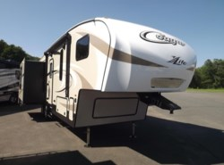 New 2018  Keystone Cougar 28SGS by Keystone from Diamond RV Centre, Inc. in West Hatfield, MA