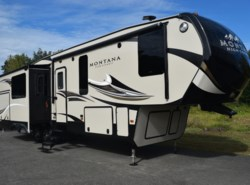 Used 2017 Keystone Montana High Country 345RL available in West Hatfield, Massachusetts