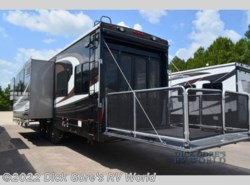 Used 2016  Heartland RV Cyclone 4200 by Heartland RV from Dick Gore's RV World in Jacksonville, FL
