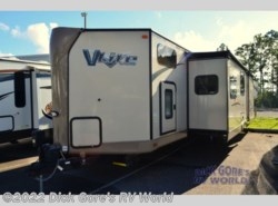 Used 2016 Forest River Flagstaff V-Lite 30WTBSK available in Jacksonville, Florida