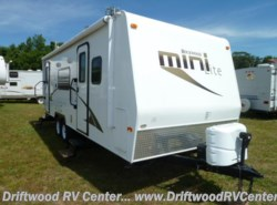 Used 2014  Forest River Rockwood 2503S by Forest River from Driftwood RV Center in Clermont, NJ