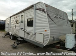 Used 2013  Jayco Jay Flight 32BHDS by Jayco from Driftwood RV Center in Clermont, NJ