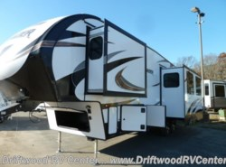 New 2018  Prime Time Crusader 315RST by Prime Time from Driftwood RV Center in Clermont, NJ