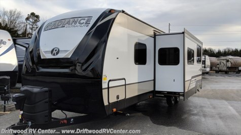 2018 Cruiser RV Radiance R-28QD