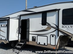 New 2019 Forest River Rockwood Signature Ultra Lite 8290BS available in Clermont, New Jersey