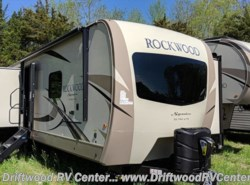 New 2019  Forest River Rockwood Signature Ultra Lite 8332BS by Forest River from Driftwood RV Center in Clermont, NJ