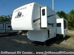 Used 2014  Forest River Silverback 30LRL by Forest River from Driftwood RV Center in Clermont, NJ