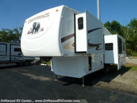 2008 Forest River Silverback 30LRL