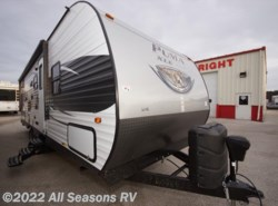 New 2016  Palomino Puma XLE 27RBSC by Palomino from All Seasons RV in Muskegon, MI