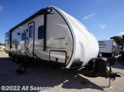 Used 2017  Coachmen Freedom Express 310BHDS by Coachmen from All Seasons RV in Muskegon, MI