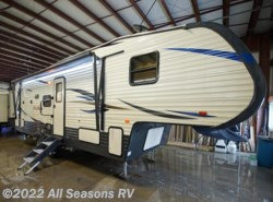 New 2018  Palomino Puma 257RESS by Palomino from All Seasons RV in Muskegon, MI
