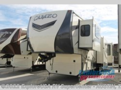 New 2017  CrossRoads Cameo CM37RD by CrossRoads from ExploreUSA RV Supercenter - KYLE, TX in Kyle, TX