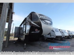 New 2017  Heartland RV Gateway 3712 RDMB by Heartland RV from ExploreUSA RV Supercenter - KYLE, TX in Kyle, TX