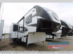 New 2017  Dutchmen Voltage V3655 by Dutchmen from ExploreUSA RV Supercenter - KYLE, TX in Kyle, TX