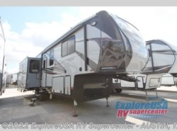 New 2019  Heartland RV Gateway 3200 RLS by Heartland RV from ExploreUSA RV Supercenter - KYLE, TX in Kyle, TX
