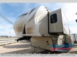 New 2017  Grand Design Reflection 337RLS by Grand Design from ExploreUSA RV Supercenter - BOERNE, TX in Boerne, TX