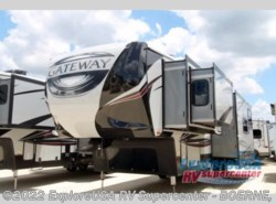 New 2017  Heartland RV Gateway 3211 CC by Heartland RV from ExploreUSA RV Supercenter - BOERNE, TX in Boerne, TX