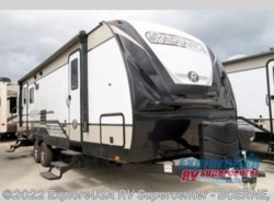New 2018  Cruiser RV Radiance Ultra Lite 25RL by Cruiser RV from ExploreUSA RV Supercenter - BOERNE, TX in Boerne, TX