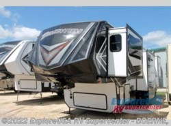 New 2018  Grand Design Momentum 376TH by Grand Design from ExploreUSA RV Supercenter - BOERNE, TX in Boerne, TX