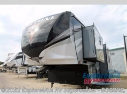 New 2018  Heartland RV Cyclone 4005 by Heartland RV from ExploreUSA RV Supercenter - BOERNE, TX in Boerne, TX