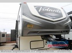 New 2018  CrossRoads Volante 360DB by CrossRoads from ExploreUSA RV Supercenter - BOERNE, TX in Boerne, TX