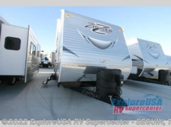 New 2017  CrossRoads Zinger ZT28BH by CrossRoads from ExploreUSA RV Supercenter - SEGUIN, TX in Seguin, TX